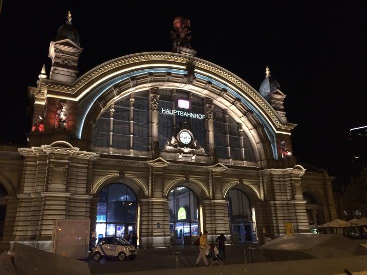 Hauptbahnhof İstasyonu