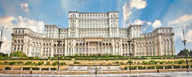 Parlamento-Sarayı-Romanya