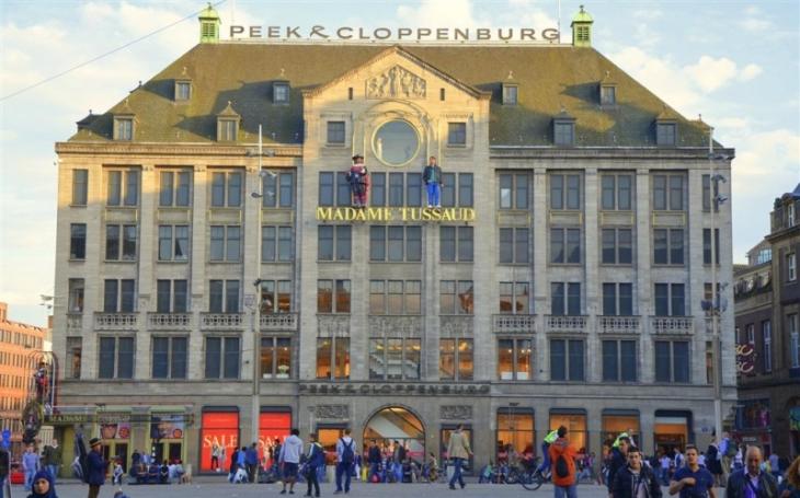 1390588330-amsterdam-museum-toussads-b