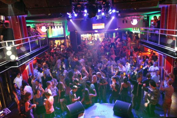 vita-notturna-Rodi-Colorado-Club-580x387